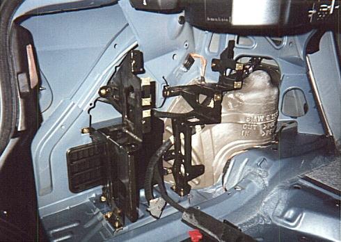 1999 BMW E46 3-Series Alternate CD Changer Installation